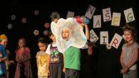 Polaznici dramskog studija Centra mladih Ribnjak nadahnuto su ispričalisvoju ljetnu priču 2. i 9. lipnja 2016. kroz scenske nastupe dramskihskupina – Gusjenica, Leptiriririri, Leptirausi i Glumijalci koji su svojojprijateljskoj publici […]